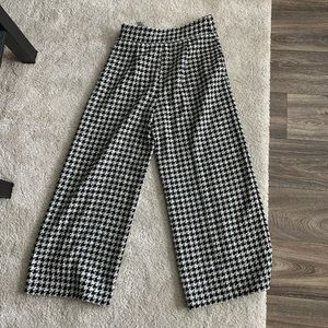 🦋Zara Patterned Wide Leg Pants
